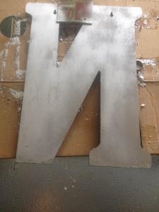 letter spray
