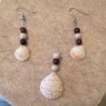 Matching necklace pendant using a larger seashell.