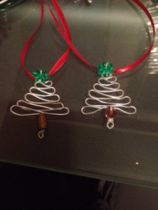 DIY Christmas Tree Necklace and 3D ATC